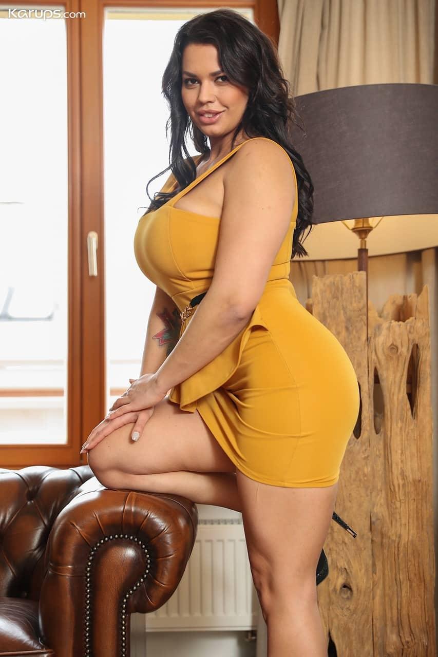 mulher pelada gostosa com peitoes grandes e buceta lisa 2 - Mulher pelada gostosa com peitões grandes e buceta lisa