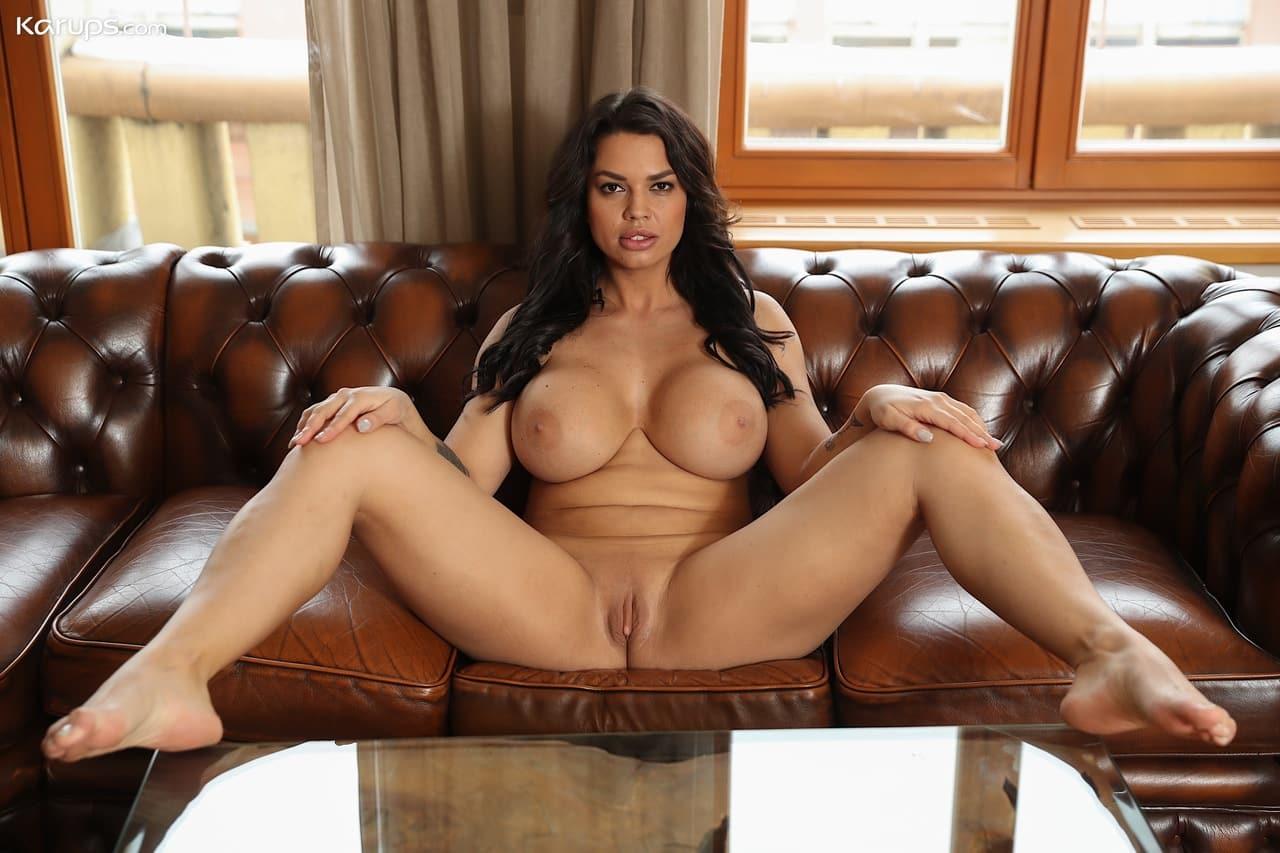 mulher pelada gostosa com peitoes grandes e buceta lisa 9 - Mulher pelada gostosa com peitões grandes e buceta lisa