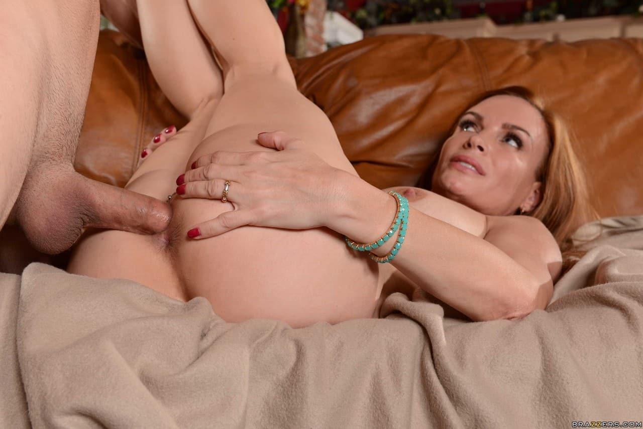 fotos eroticas coroa peituda transando com amigo do filho 17 - Fotos eróticas coroa peituda transando com amigo do filho