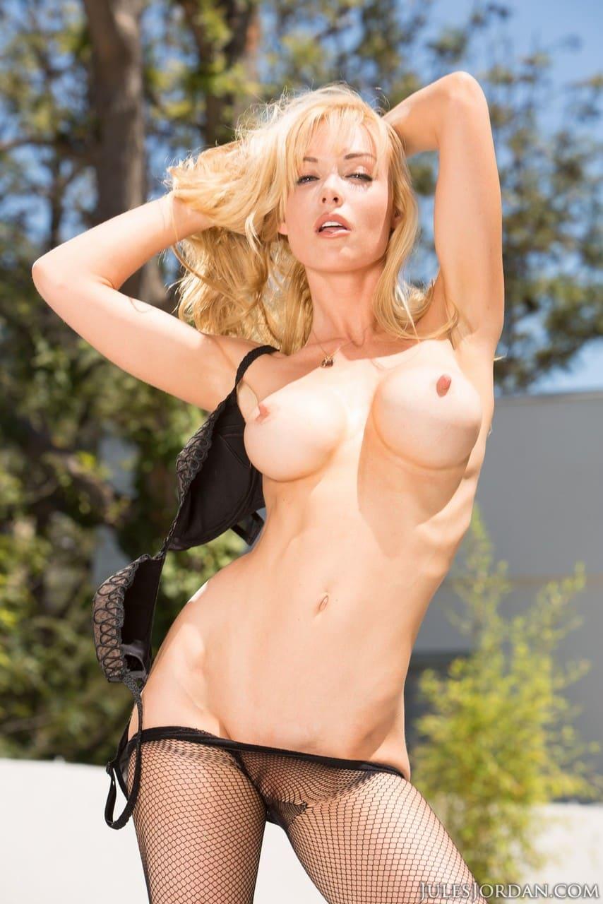 fotos porn gratis com loira peituda fodida no cu 7 - Fotos pornô grátis com loira peituda fodida no cu