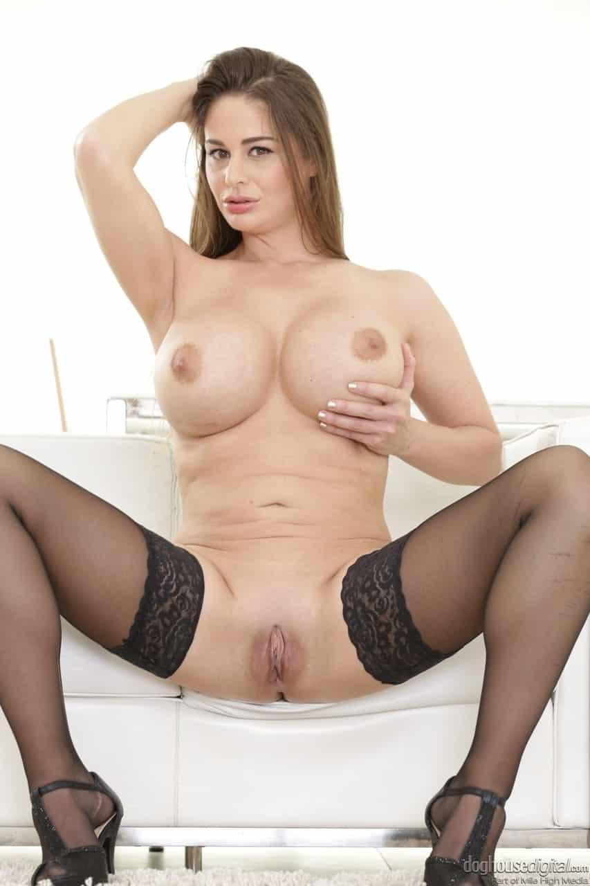 mulher madura com peitoes grandes e xoxota pequena 14 - Mulher madura com peitões grandes e xoxota pequena