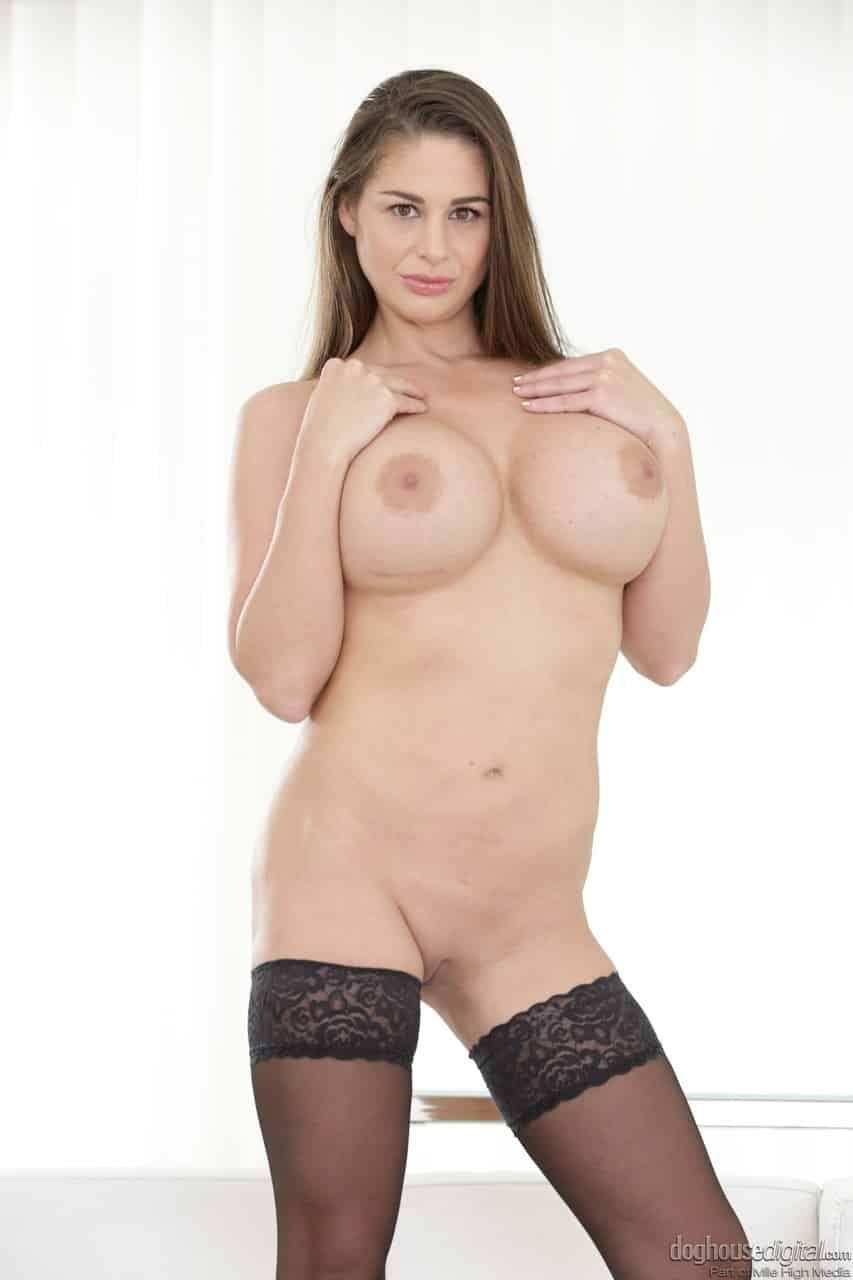 mulher madura com peitoes grandes e xoxota pequena 9 - Mulher madura com peitões grandes e xoxota pequena