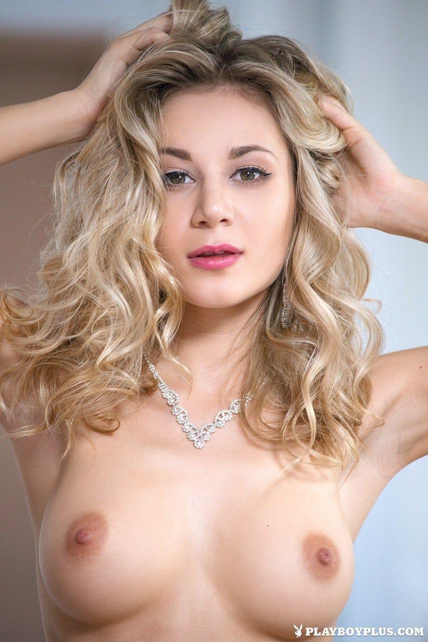 loira sexy pelada se exibindo em fotos gratis 4 - Loira sexy pelada se exibindo em fotos grátis