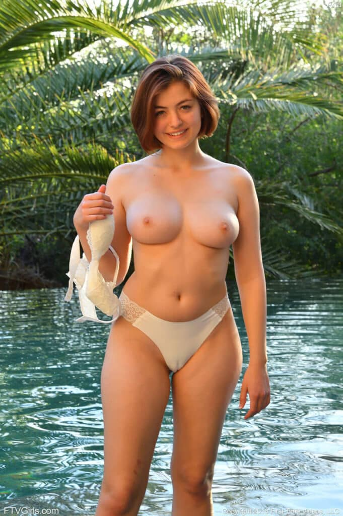 fotos de mulher pelada ruiva 9 681x1024 - As Ruivinhas mais safadas da internet peladas