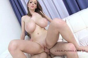 Xvideos peituda famosa do porno fazendo anal